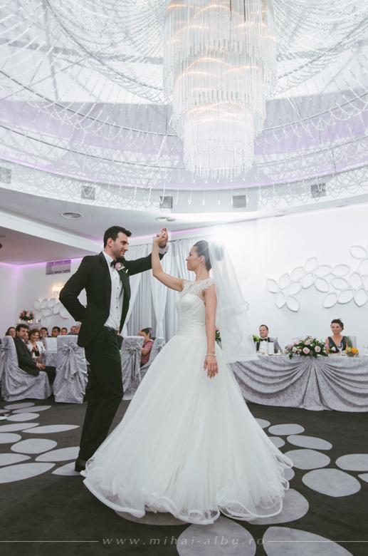 Cristina&Adrian_poze_nunta_fotograf_profesionist_mihai_albu_0079
