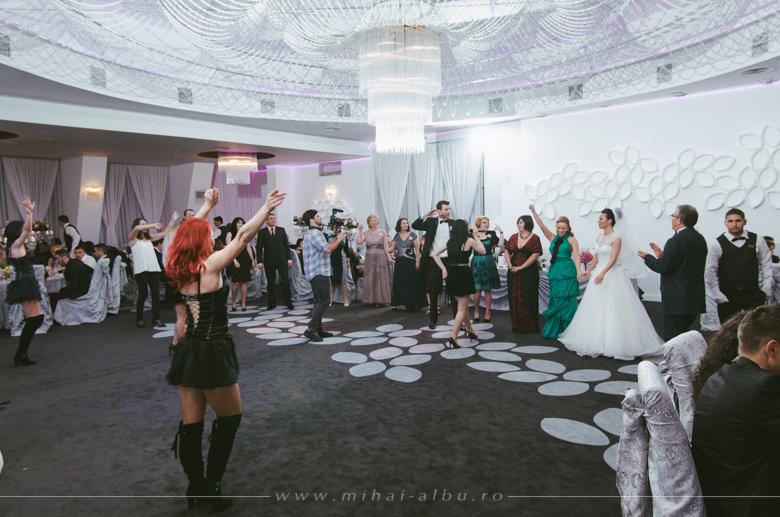 Cristina&Adrian_poze_nunta_fotograf_profesionist_mihai_albu_0089