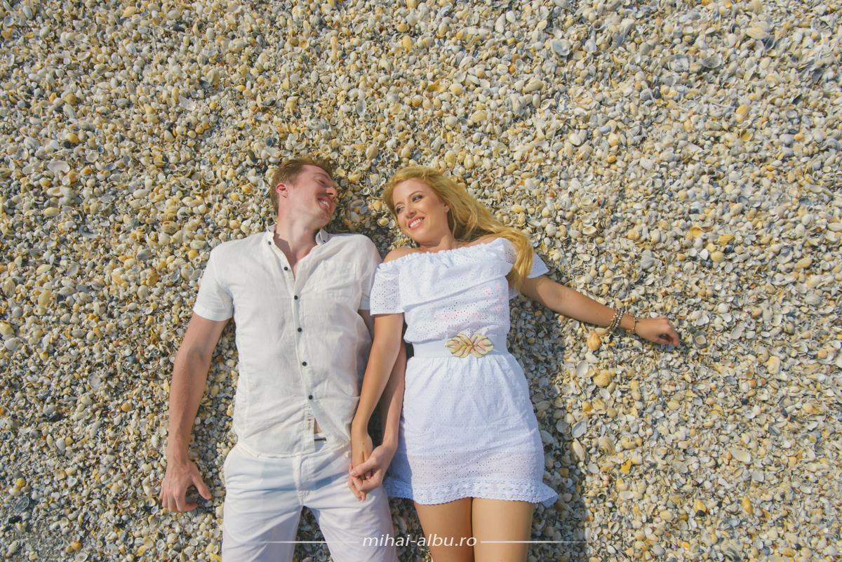Poze_trash_the_dress_la_mare_constanta_plaja_corbu_0037